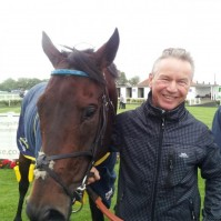 Global Leader in the winner\'s enclosure at Yarmouth with Paul