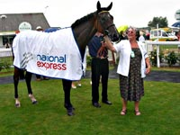 PROUD OWNER DOT BURLTON WITH FAZBEEE AT YARMOUTH